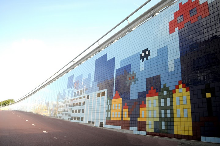Pixelpoort, designed by Eric Klarenbeek, Maartje Dros and Overtreders-W